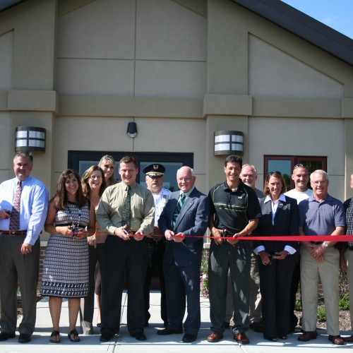 Ribbon Cutting 019